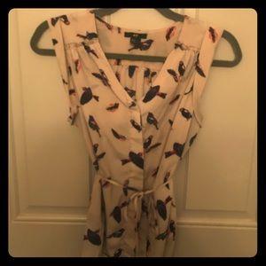 H&M size 4(Small) Tan Blouse w/ Sparrow Print