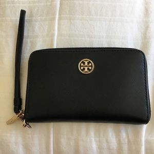 Tory Burch iPhone wallet/wristlet