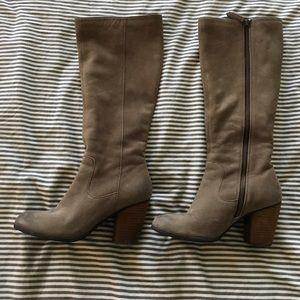 Grey/tan genuine leather heeled boots