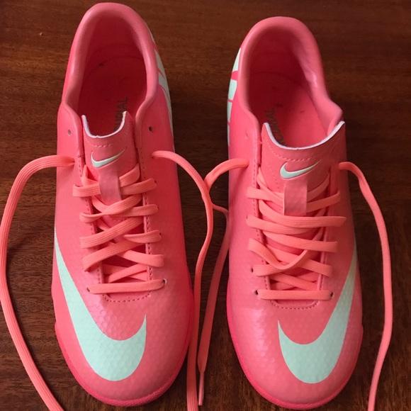 3f01ea943efd Nike Women's Mercurial Victory IV IC - Atomic Pink.  M_59ebcaec6a5830824905951b
