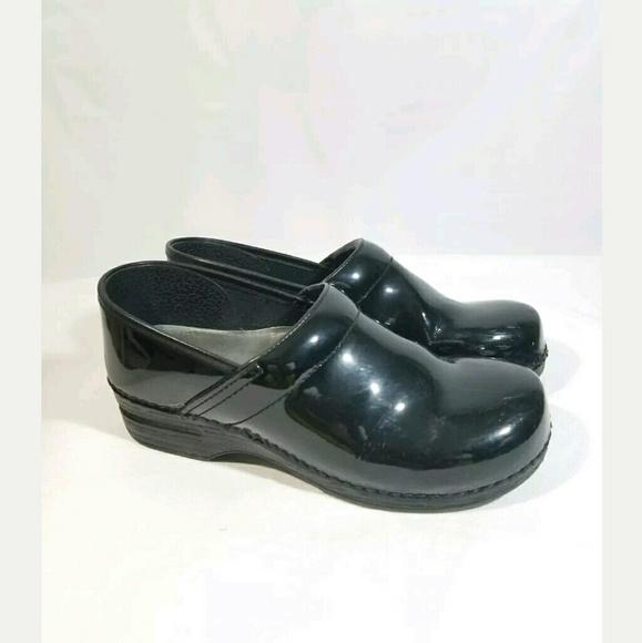 Dankso Women's 9.5- 10 Size 40 Dark Green Slip On Clog Shoes Nurse Professional