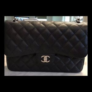 CHANEL DOUBLE FLAP JUMBO CAVIAR BAG WITH SILVER HW