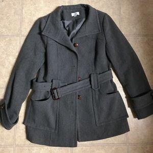 Stunning belted coat!!