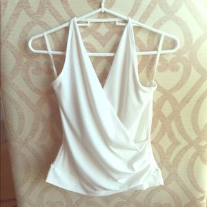 Backless halter tank with cinched waist