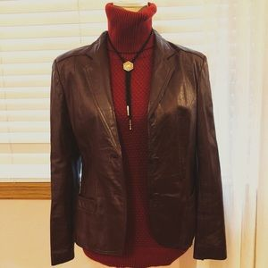 •Vintage 1970s Fitted Leather Brown Jacket•