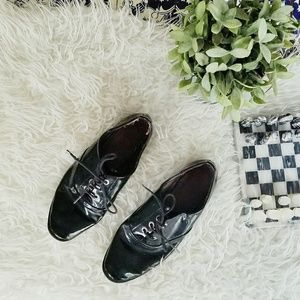 ZARA oxford patent leather black shoes