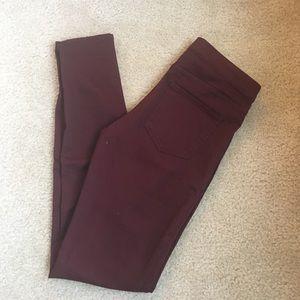 Jegging pants