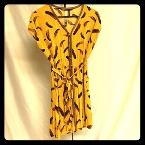 Kensie yellow feather print button up shirt dress.