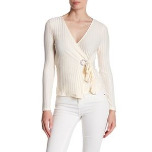 TOPSHOP Pleated Wrap Blouse CREAM Size 4