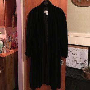 VTG EUC Black velvet full length coat sz S