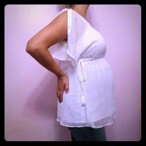 Motherhood Maternity Top. Size Med.