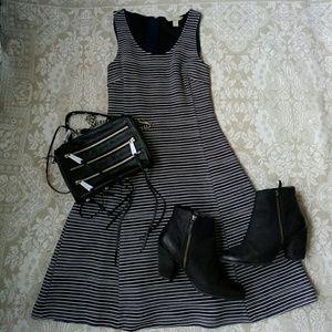 🆕 Banana Republic Dress