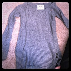 Hollister Gray long sleeved sweater