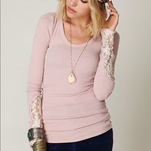 Free People Thermal Crafty Cuff in Pink