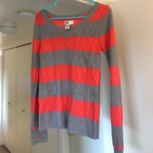 Fitted striped sweater