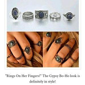 5 piece ring 💍 set.  Boho style.