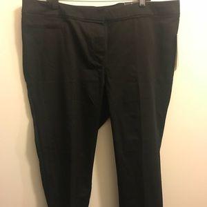 Pants - Avenue plus size cropped pants size 18