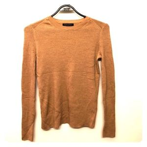 Banana Republic 100% Wool Sweater size XS