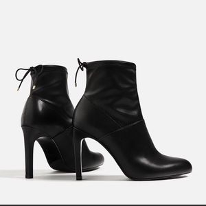 Zara black leather stretch ankle booties. Size 8.