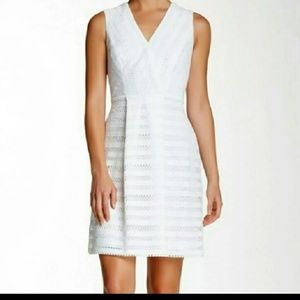 NWT GORGEOUS   Marc Jacobs Ivory Lace Dress