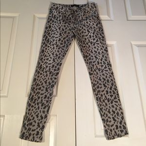 GUESS Brittney Ankle Skinny Leopard Print Jeans