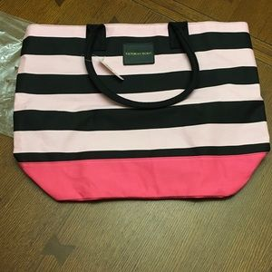 NIB Victoria Secret striped bag - lined