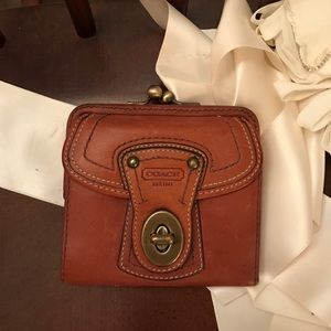 Vintage coach wallet!! Great condition!