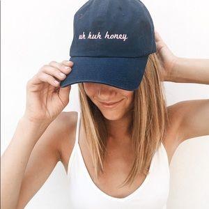 "Brandy Melville ""Uh huh honey"" cap"