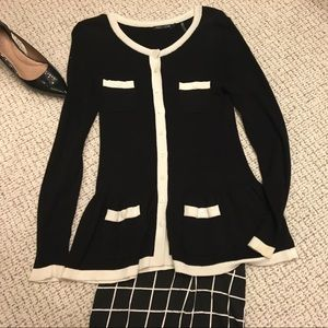 🎊Stunning Nic + Zoe Black and White Cardigan 🎊