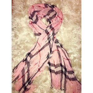 Pink scarf brand new! 🌸🌸