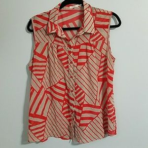 Abstract Sleeveless Blouse Large