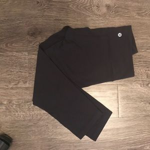 Lululemon Gray Capri Pants Size 4