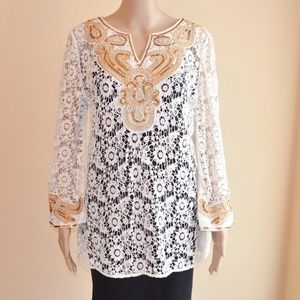 V Christina White Crochet Embellished Tunic Top