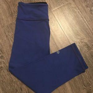 Lululemon reversible Capri leggings sz 4