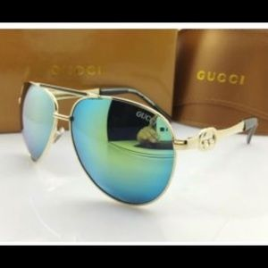 NWT Gucci Gold Aviator Sunglasses with Blue Lenses