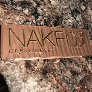 Naked3 Urban Decay Eyeshadow Palette