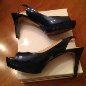 Nine West Able Mid‑Heel Pumps in Navy - runs small