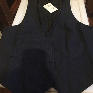Gap pinstriped vest NWT size XL