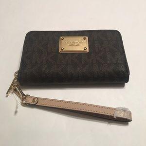 Michael Kors Phone Case Wristlet