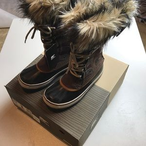 NWT Sorel Women's Joan of Arctic Boots for Winter
