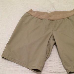 Liz Lange maternity khaki shorts, Sz XXL