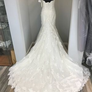 "Dresses & Skirts - Never Worn ""Tracey"" Maggie Sottero Wedding Gown"