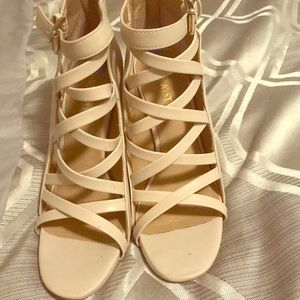 Nine West bone color heels