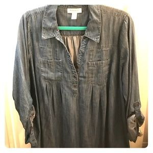 Motherhood chambray shirt