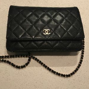 AUTHENTIC Black CHANEL Wallet On Chain.