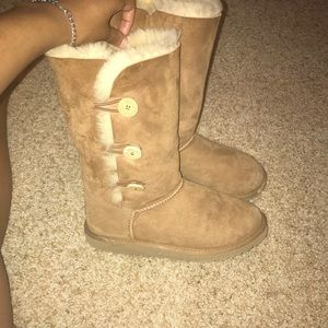 Tall bailey button chestnut UGG boots