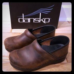 Dansko Professional Clog brown sz 38