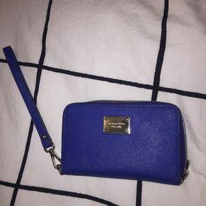 💙⚡️ MK wristlet wallet