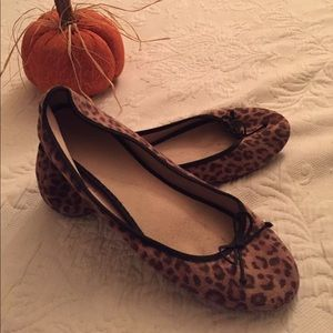 Old Navy Leopard Flats 10