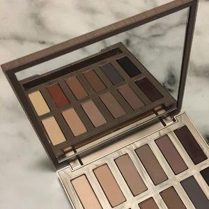 🎉HP! 🎉 NAKED Ultimate Basics Eyeshadow Palette